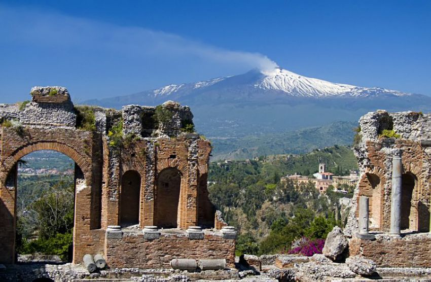 public/view from the greek theatre to etna.jpg